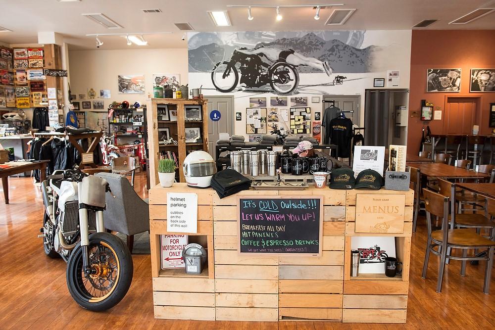 MOTO ENVY 2016 and the Black Lightning Café